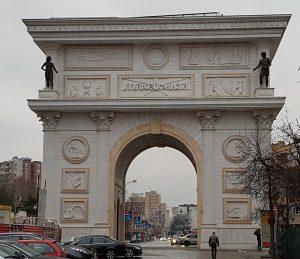 Der Arc de Triomphe in Skopje, 2018